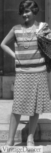 1920s Short sleeve knit top and skirt, mismatched