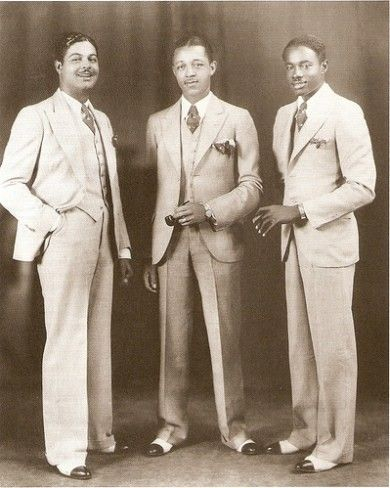 1920s black mens fashion, Dapper men in wool summer suits, two tone shoes