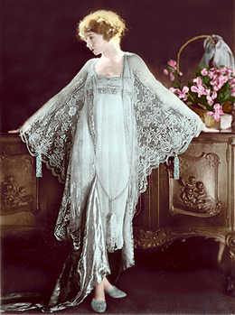 1920s , A lace negligee for the boudoir at VintageDancer