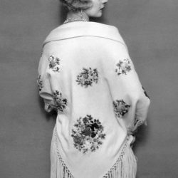 1920s Shawls, Scarves and Evening Jacket Tips