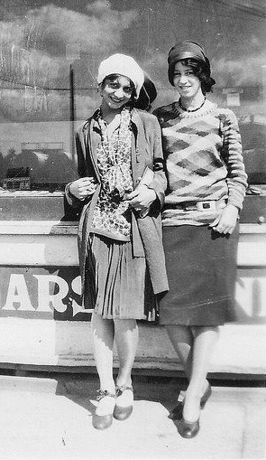 1928 knit sweaters and skirts
