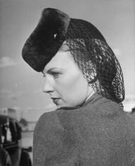 1940s Hair net/snood with pillbox hat