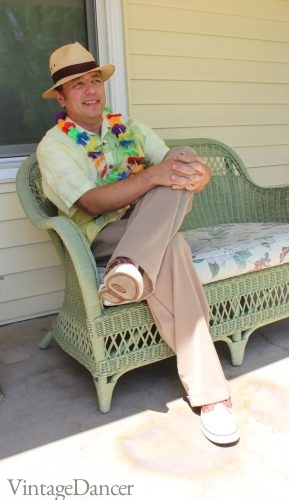Men's casual vintage style - Sit back and relax in a 1940s / 1950s Hawaiian shirt, wide leg pants, boat shoes and straw hat.