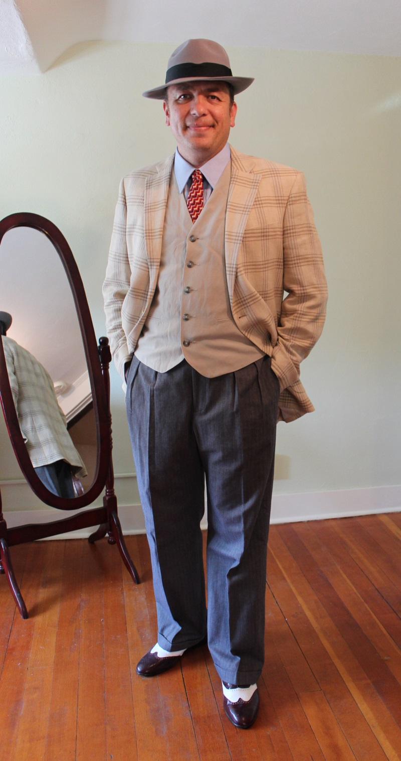 1940s Men's Outfit Inspiration | Costume Ideas