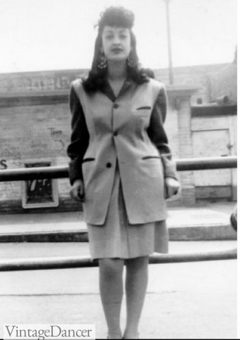 1940s La Pachuca Zoot Style- short skirt, long jacket, big hair