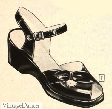 1949 low wedge, high strap sandals