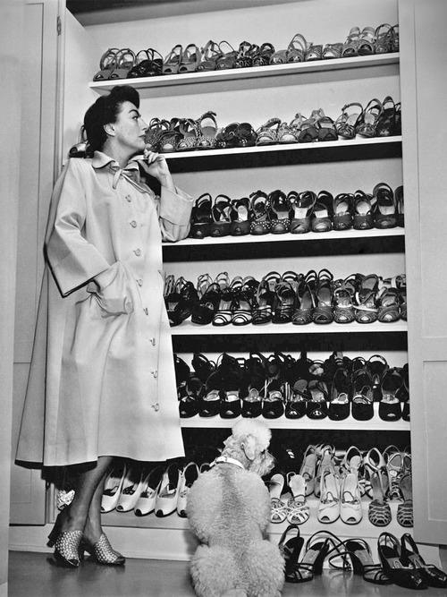 1950s shoes, hmm which ones shall I wear today.