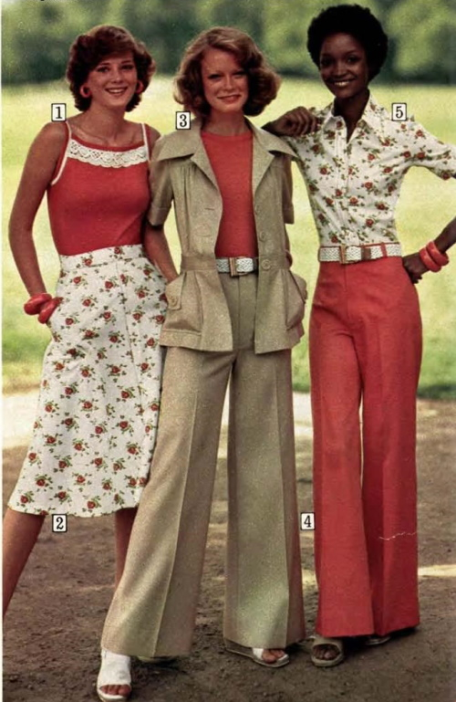 Casual outfits from 1975