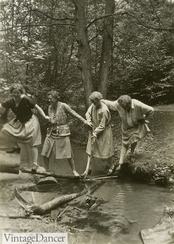hiking in 1920s