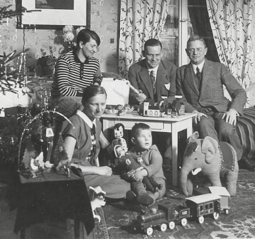 Vintage Family Christmas Portrait