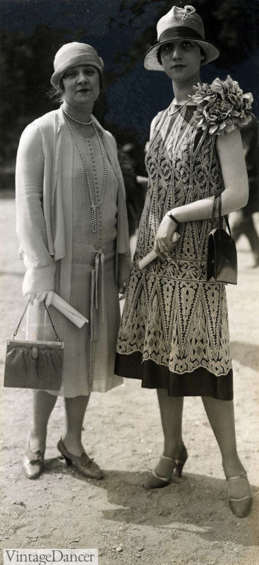 1926 ladies caring handbags