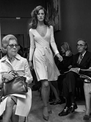 70s Diane Von Furstenberg Wrap dress. Shop 70s wrap dresses at VintageDancer.com
