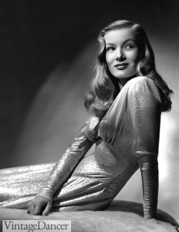 Veronica Lake sizzles in 'This Gun For Hire'.