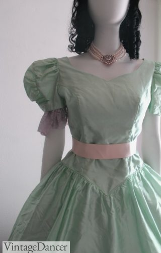 How To Make A Victorian Ball Gown No Sewing