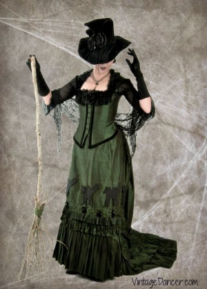 Spooky Traditional Victorian Costumes for Halloween. Create your Victorian costume at VintageDancer.com