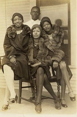 1920s Fur collar coats