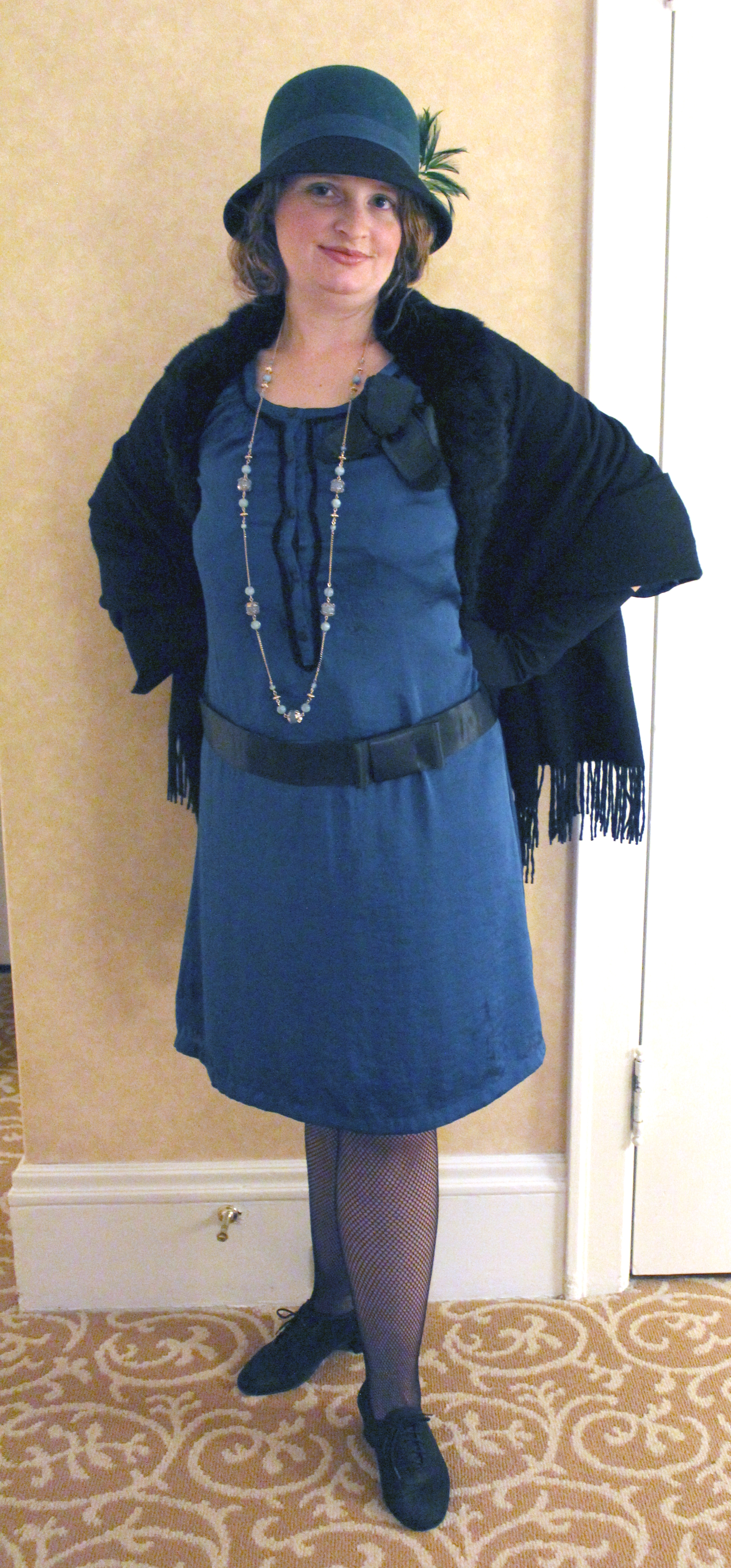 Make A 1920s Dress Costume For $25 Or Less