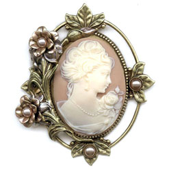 Victorian cameo pin at VintageDancer