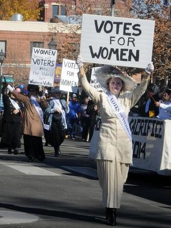 My 1890s Suffragette costume made from a linen 1980s Jessica McClintock suit