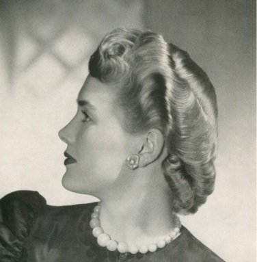Perfectly style salon hair, 1943