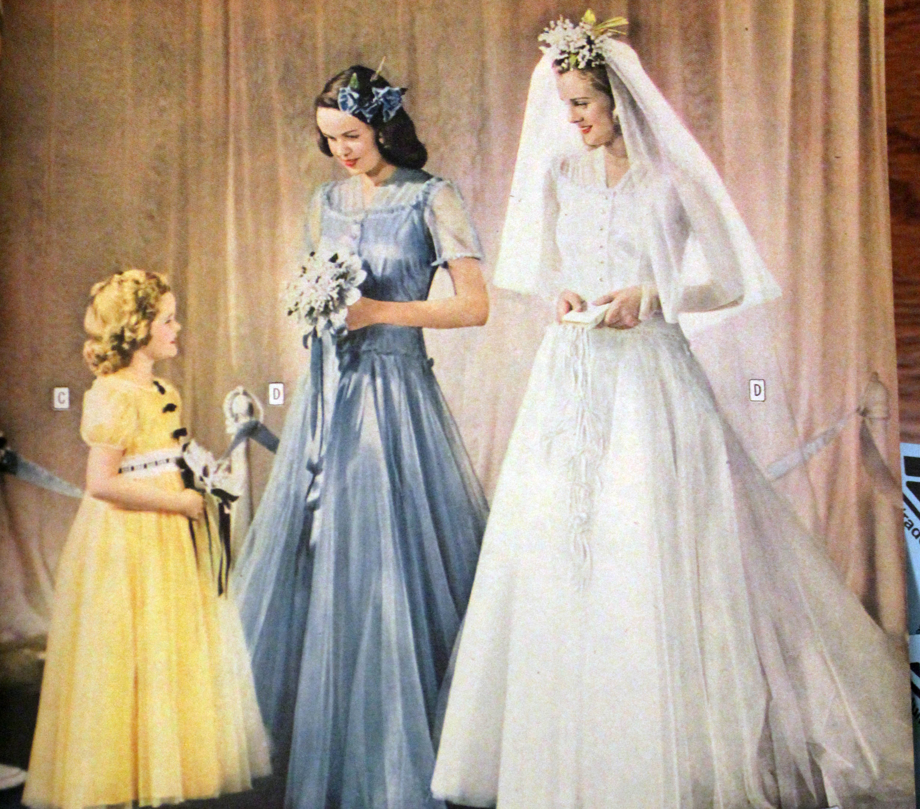 1940s Style Wedding Dresses Shoes Accessories